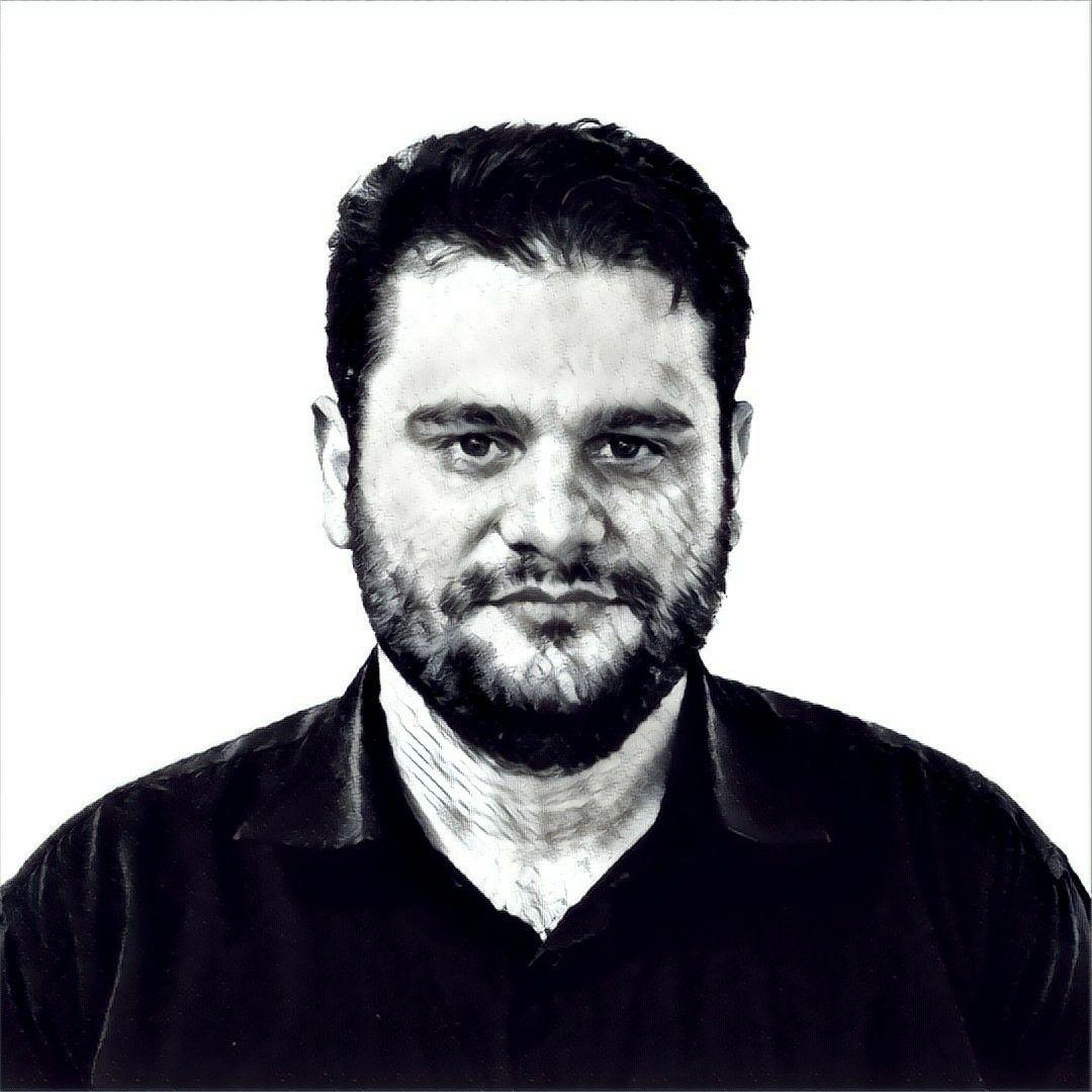 حسین حسنی